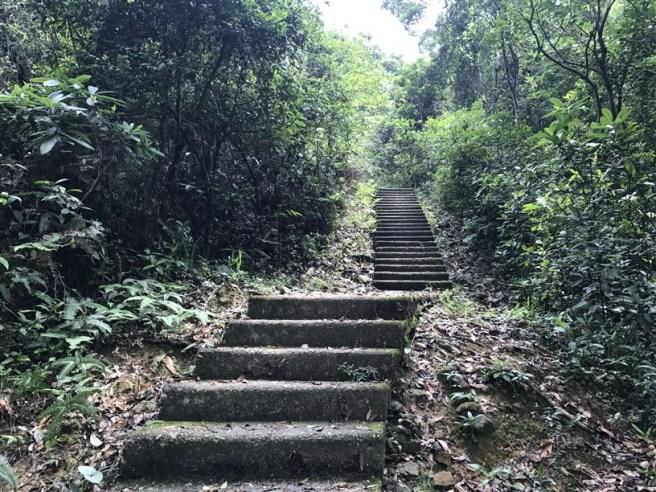 Hiking 4.6.17 Lo Tei Tun (2)