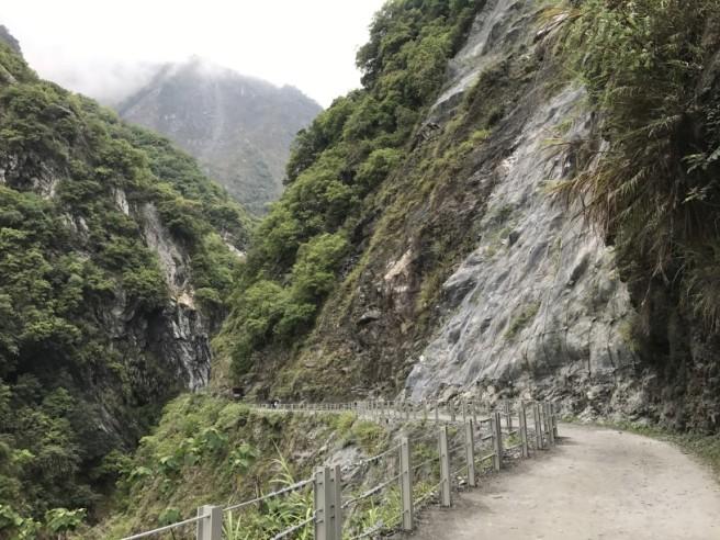 Hiking 7.4.2018 Baiyang Trail (3)