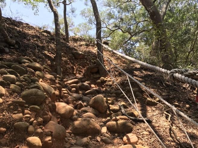 Hiking 16.6.2018 Huoyanshan (20)