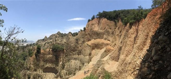 Hiking 16.6.2018 Huoyanshan (26)