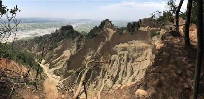 Hiking 16.6.2018 Huoyanshan (37)