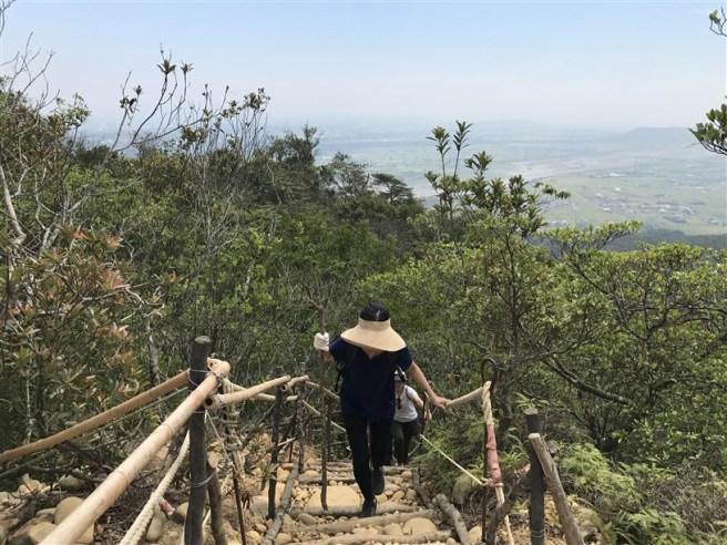 Hiking 16.6.2018 Huoyanshan (54)