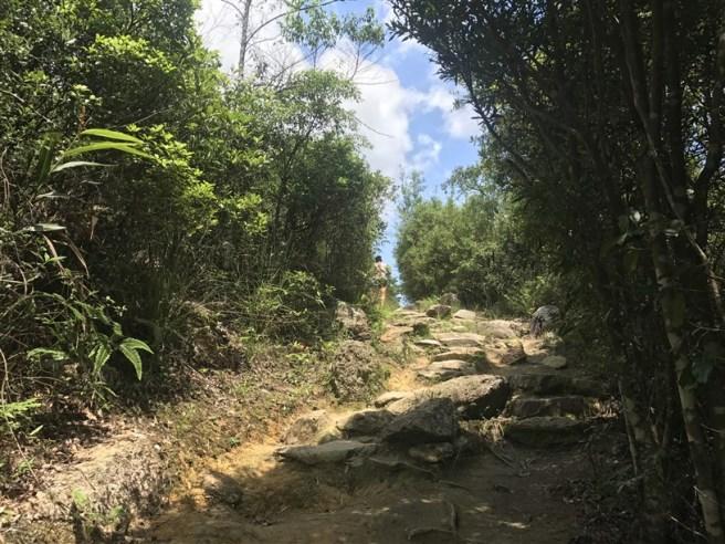 Hiking 1.7.2018 Brides Pool (21)